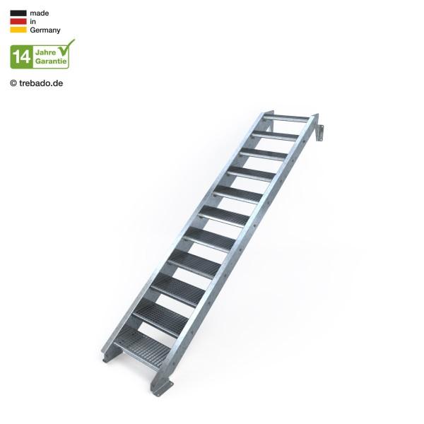 Elfstufige, geradläufige Treppe, ohne Geländer und 60 cm langen Stufen